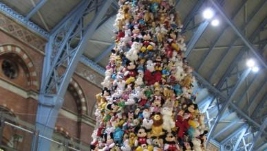 disney toy christmas tree